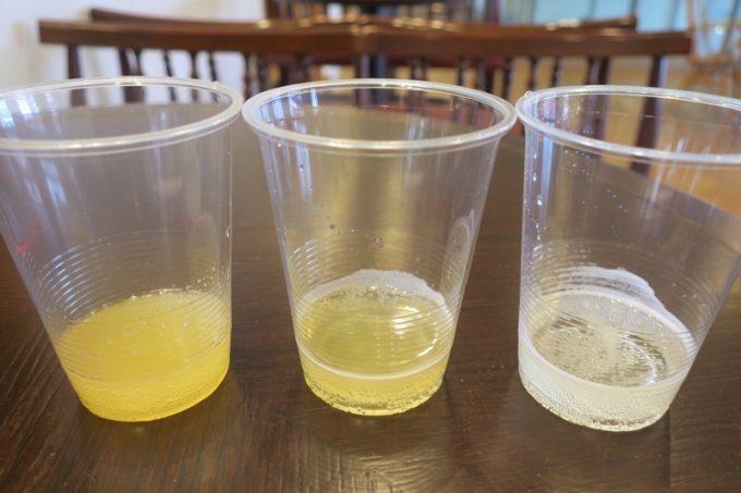 有料試飲したキモリシードル スイート(左) 、キモリシードル ドライ(中)、アオモリシードル スイート(右)