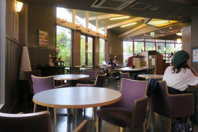 キングベークのお店奥にあるカフェスペース。