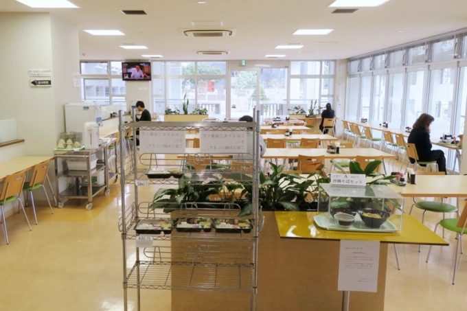 「那覇市役所本庁舎レストラン」の店内(その1)