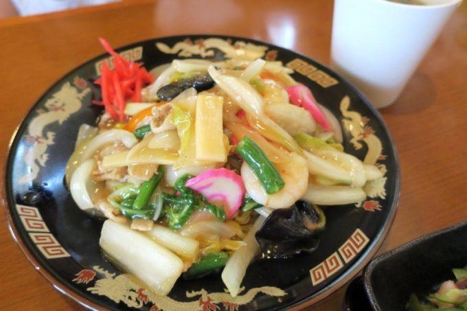 「麺お食事処 菜の花」のあんかけ焼きそば(850円)