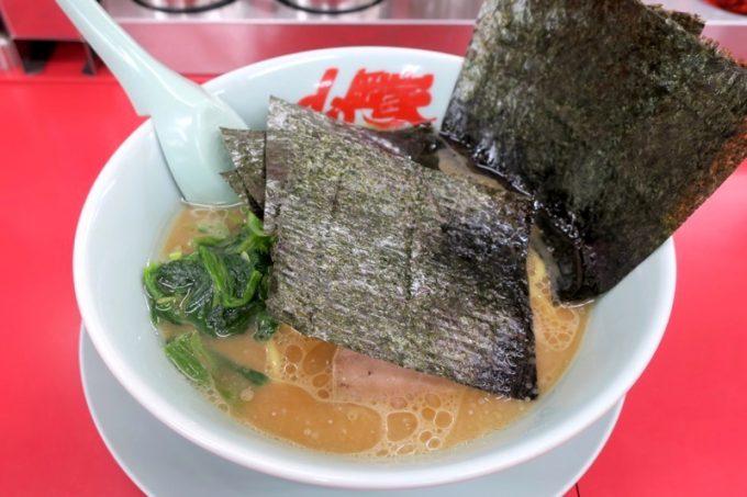 「ラーメン山岡家 函館鍛治店」で食べた醤油(640円)に海苔増し(+110円)