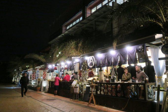 北谷・アメリカンビレッジのオークファッションビルにオープンした「新子屋(アラコヤ)」の美浜店。