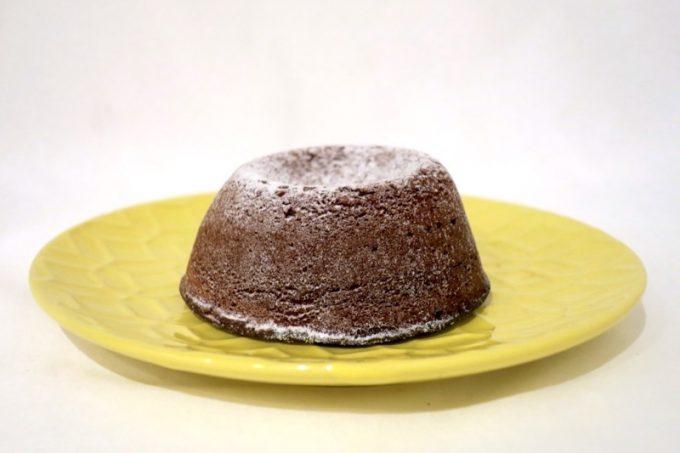 タイムレスチョコレートのベイクドチョコレートケーキ(600円)