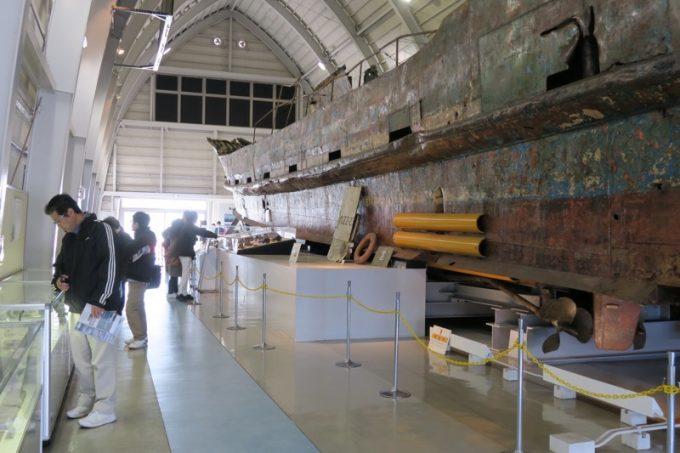工作船資料館内部から入り口方面を振り返る。
