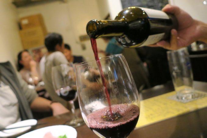 「ワイン酒場BOUCHER(ブーシェ)」ではコノスル(カベルネ・ソーヴィニヨン、600円)ばかり飲んでいた。