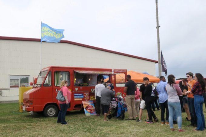 「フードトラックフェア(Food Truck Fair)」にあったキャプテンカンガルーの移動販売車。