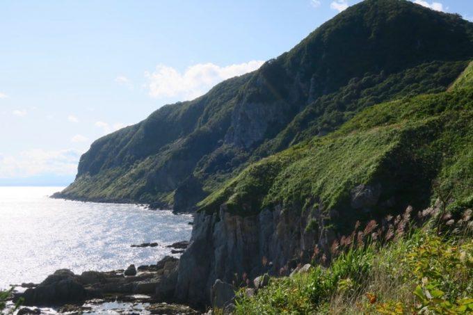 穴澗の逆サイドに位置する立待岬。