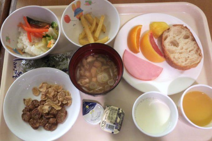 「リザンシーパークホテル谷茶ベイ」のレストラン谷茶ベイの朝食ブッフェ(2歳児用)