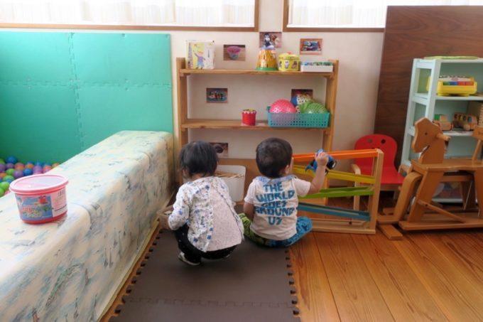 「カフェレストラン ShiShi(シシ)」の店内にはこどもが遊べるキッズスペースがある。