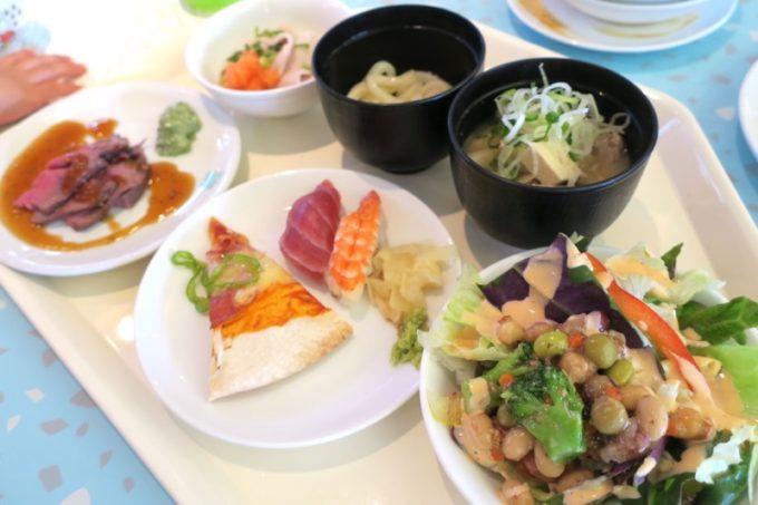 「ザ・ビーチタワー沖縄」のランチバイキングで取り分けたお料理(第二弾)