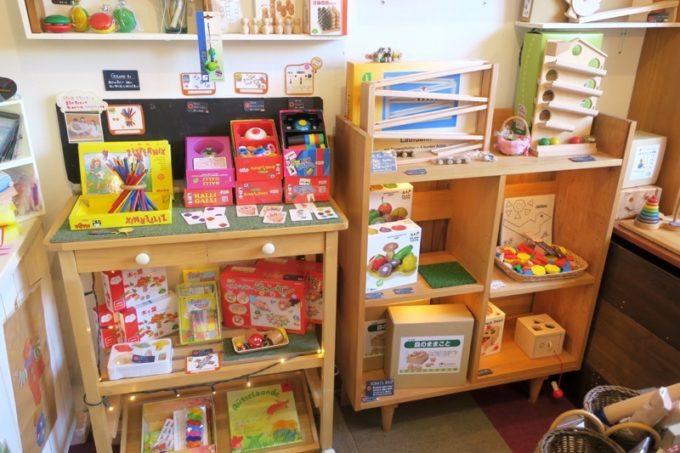 「カーサマチルダ(Casa Machilda)」に行けば贈り物向けの木のおもちゃをゲットできるはず。
