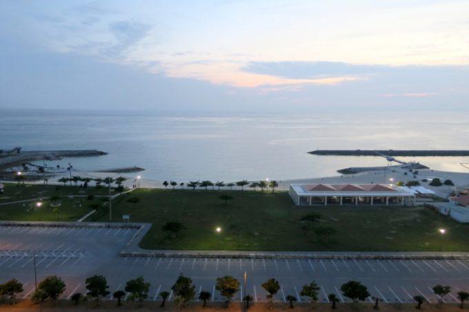 糸満「サザンビーチホテル&リゾート沖縄」9階のプレミアムクラブ・オーシャン・グランデの眺め。
