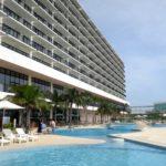 糸満「サザンビーチホテル(プールサイド)