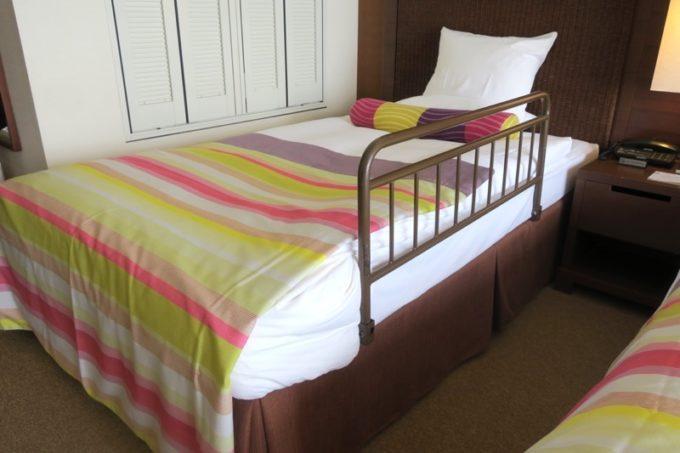 糸満「サザンビーチホテル&リゾート沖縄」ではベッドガードの貸出(1部屋1つまで)してくれる。