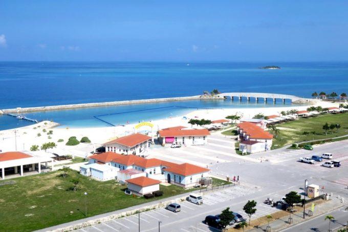 美々ビーチの遊泳エリアやBBQコーナー。