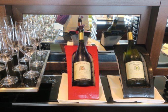 ワインは赤と白、2種類。