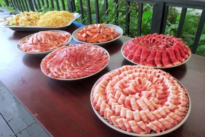沖縄・今帰仁「あいあいファーム」で食べたBBQのお肉が上等!