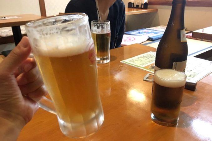 那覇「漢謝園 久米店」で飲んだビール(280円)