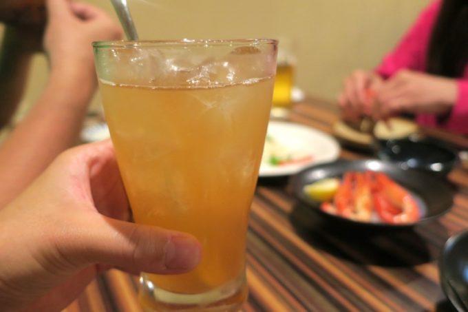 札幌・すすきの「旬菜鮮魚 味和久(みわく)」百年梅酒 すっぱい完熟にごり仕立て(620円)