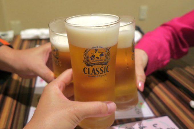 札幌・すすきの「旬菜鮮魚 味和久(みわく)」のビールはサッポロクラシック(520円)
