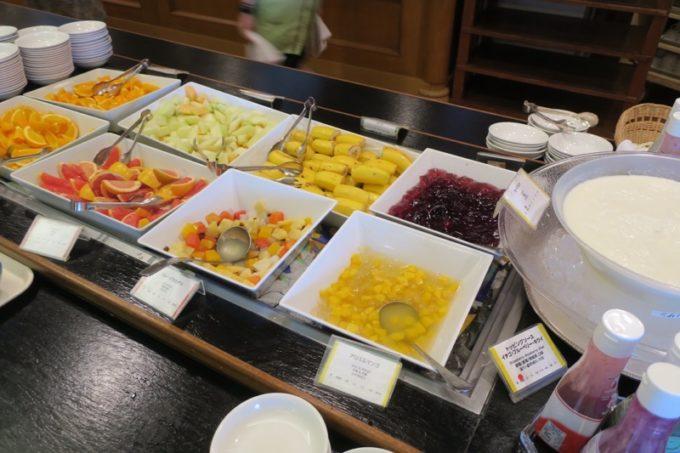 「リザンシーパークホテル谷茶ベイ」のレストラン谷茶ベイの朝食ブッフェの様子(その4)。