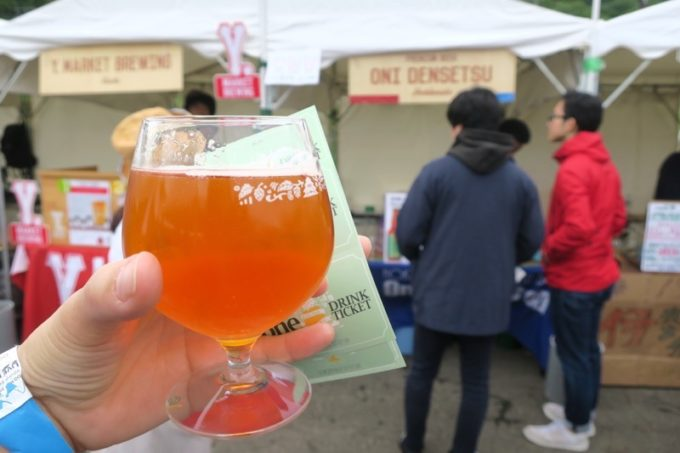 「SAPPORO CRAFT BEER FOREST 2018」1杯目、鬼伝説地ビールの鬼に腹巻きIPA。