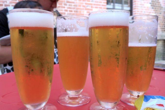サッポロファクトリー内「札幌開拓使麦酒・賣捌所」の有料試飲は4種類試してみた。