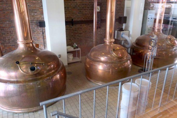 サッポロファクトリー内「札幌開拓使麦酒醸造所・見学館」の内部。