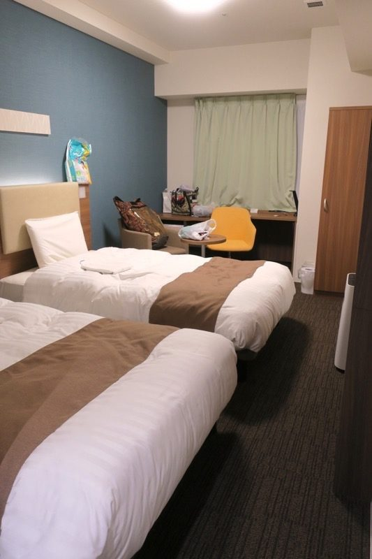 「コンフォートホテル札幌すすきの」ツインスタンダードの客室。