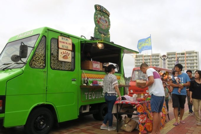 沖縄・北谷「Okinawa Octoberfest 2017(沖縄オクトーバーフェスト2017)」に出店していたボラーチョス。
