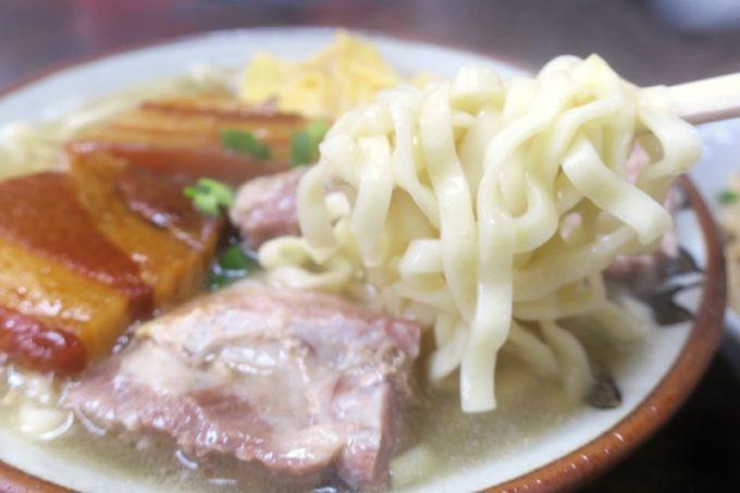 北谷「浜屋そば」の麺は照喜名製麺だった。