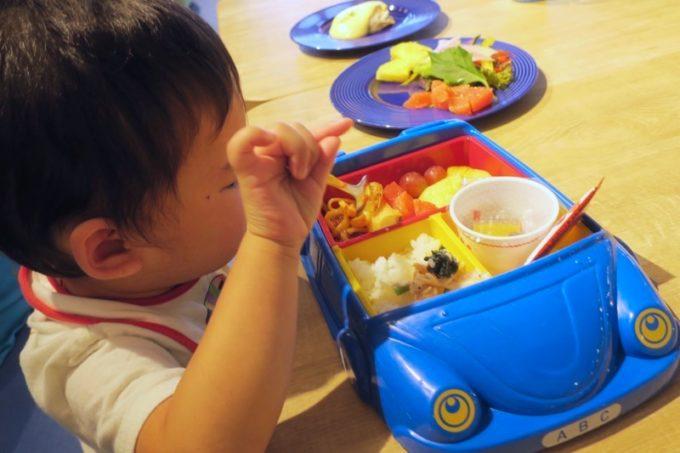 「ラ・ジェント・ホテル沖縄北谷」併設レストラン「ALLY's 沖縄 」モーニングビュッフェは5歳までは無料でいただける。