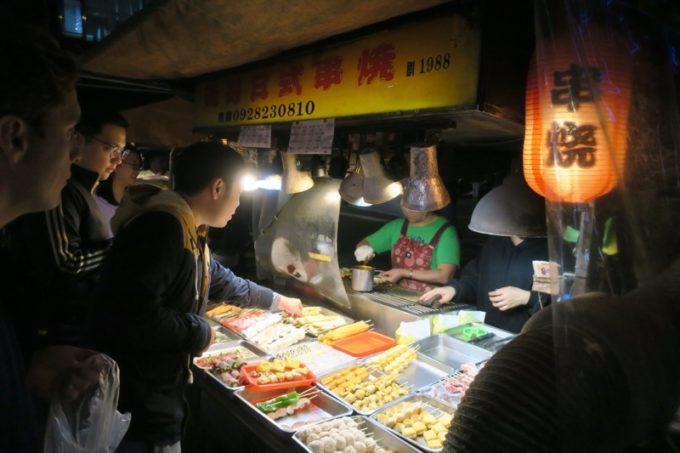 台湾・台北「公館夜市」23時頃に営業していた屋台(その3)