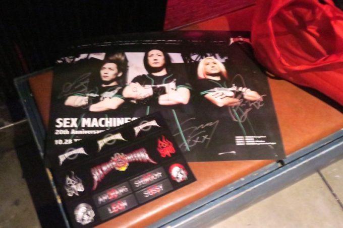 SEX MACHINEGUNS 20th Anniversary LIVE in TaiwanのVIP特典のポスターとシール。