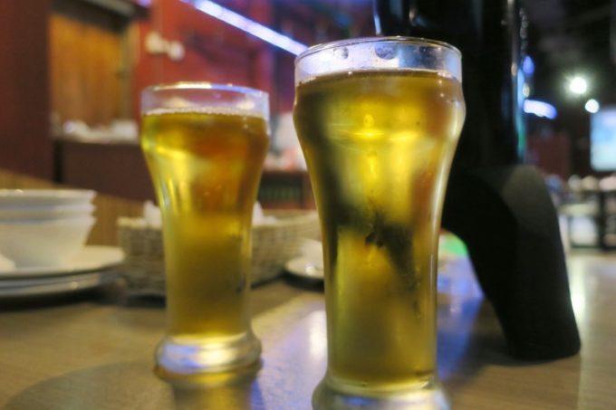 台湾ビール工場併設「Super 346 Live House」で飲んだ18天台灣生啤酒は、全くガス感がなく水の如し。