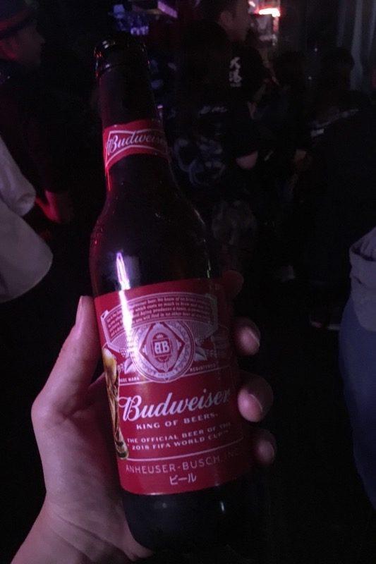 7th Heaven Kozaで飲んだバドワイザー。