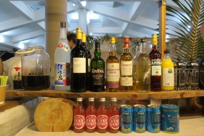 伊江島「ビーチグランピングBBQ」で提供されていたお酒類。