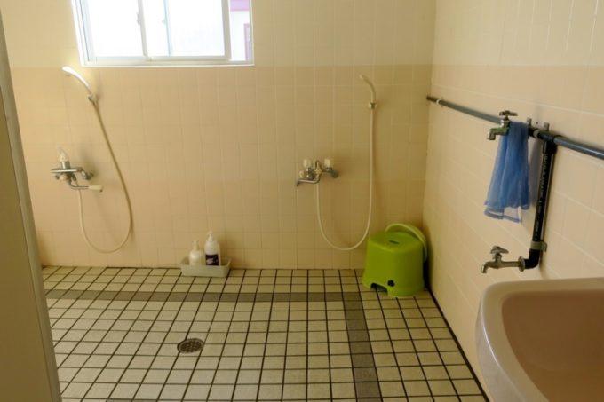 伊江島「民宿かりゆし」のお風呂場。