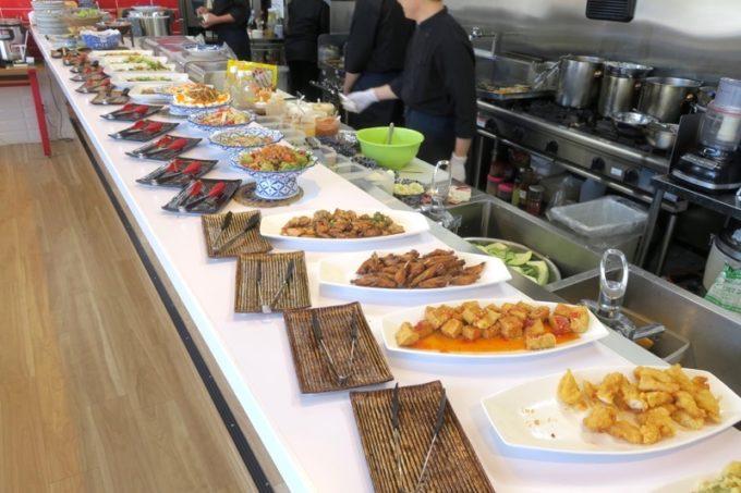 沖縄市「タイフードクラブ バカラ(Thai Food Club Baccara)」