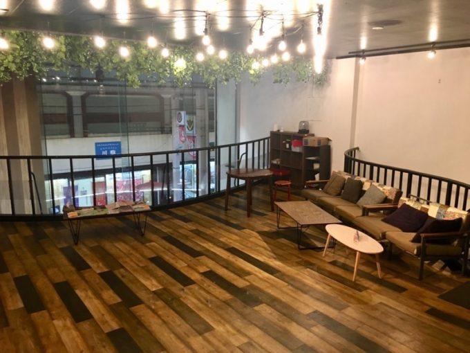 沖縄市「アーケードリゾートオキナワ ホテル&カフェ」の団体部屋(その1)