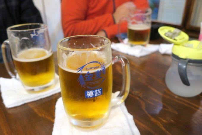那覇・栄町「えび専門酒場 えびす屋」で1時間飲み放題(980円)を注文。ビールは金麦だった。