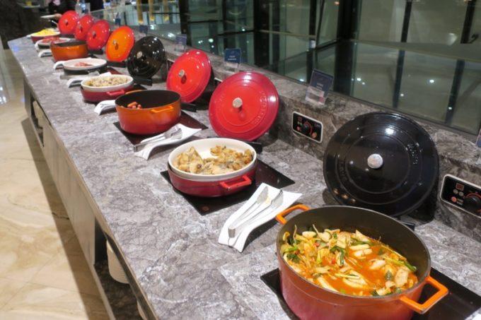 台湾・高雄「リーズホテル(麗尊酒店)」艾可柏菲(CERCLE)の朝食ビュッフェの洋食コーナー