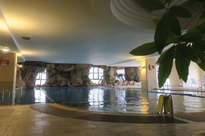 台湾・高雄「リーズホテル(麗尊酒店)」滞在者が利用できるカリビアンレジャーワールドのプール。