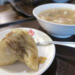 台湾・高雄「郭家肉粽」で食べた肉粽(ピーなるパウダー抜き、TWD30)と四神湯(TWD25)