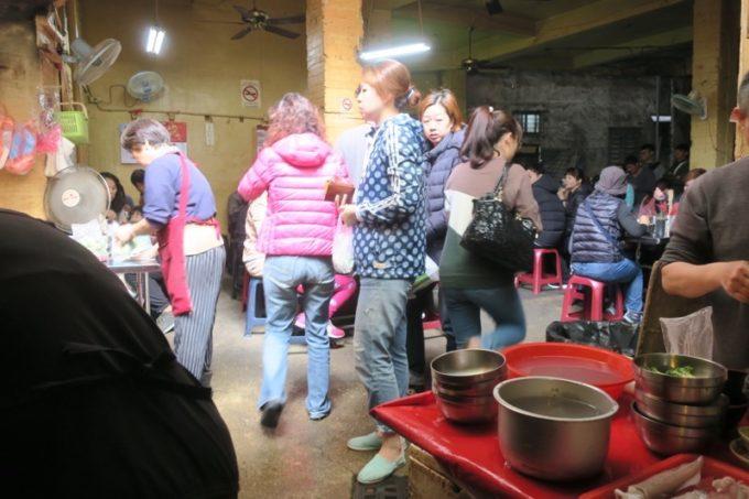 台湾・台南「鴨母寮市場」で人気だった食堂。