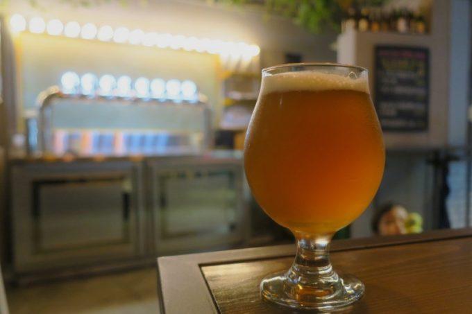 台湾・高雄「掌門精釀啤酒 高雄chacha店」でいただいたSeventy Four IPA(TWD210)。