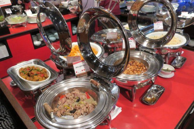 リザンシーパークホテル谷茶ベイ「飲茶&広東料理 マンダリンコート」の島豚野菜のヘルシー琉球中華ディナーバイキング