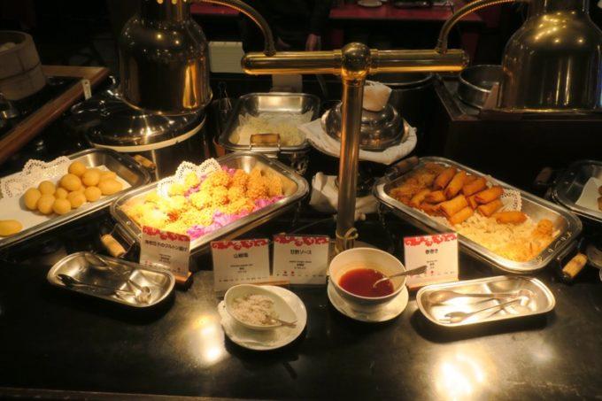 リザンシーパークホテル谷茶ベイ「飲茶&広東料理 マンダリンコート」のディナーバイキング(揚げ物)