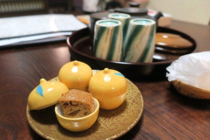 宮崎「極楽温泉 匠の宿」のお茶請けが嬉しかった。