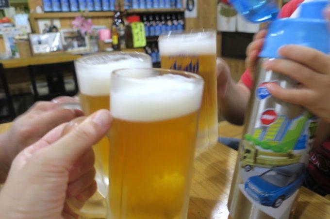 鹿児島・薩摩川内「隆盛」の生ビール(550円)で乾杯。